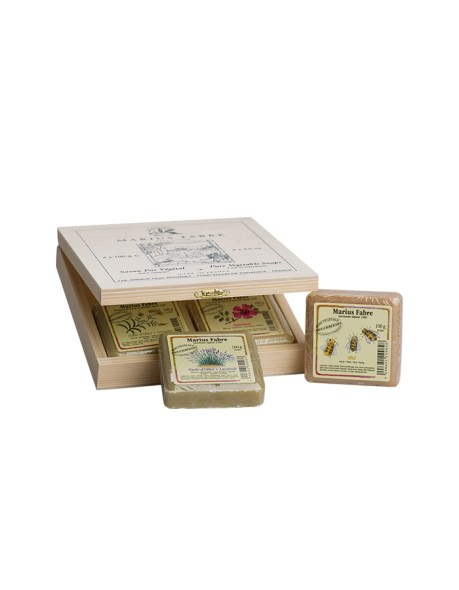 4 toilet soaps in a wooden gift box